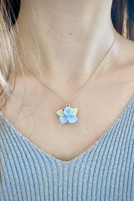 Blue flower dainty necklace / Polymer clay / 18k gold plated